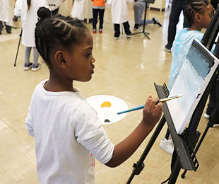 Lenox Students Paint Under the Direction of Renowned Local Artist